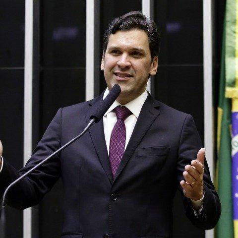 Deputado ISNALDO BULHÕES JR.