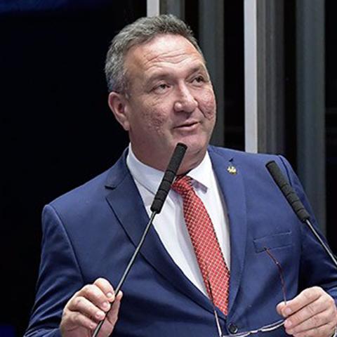 Senador LUCAS BARRETO